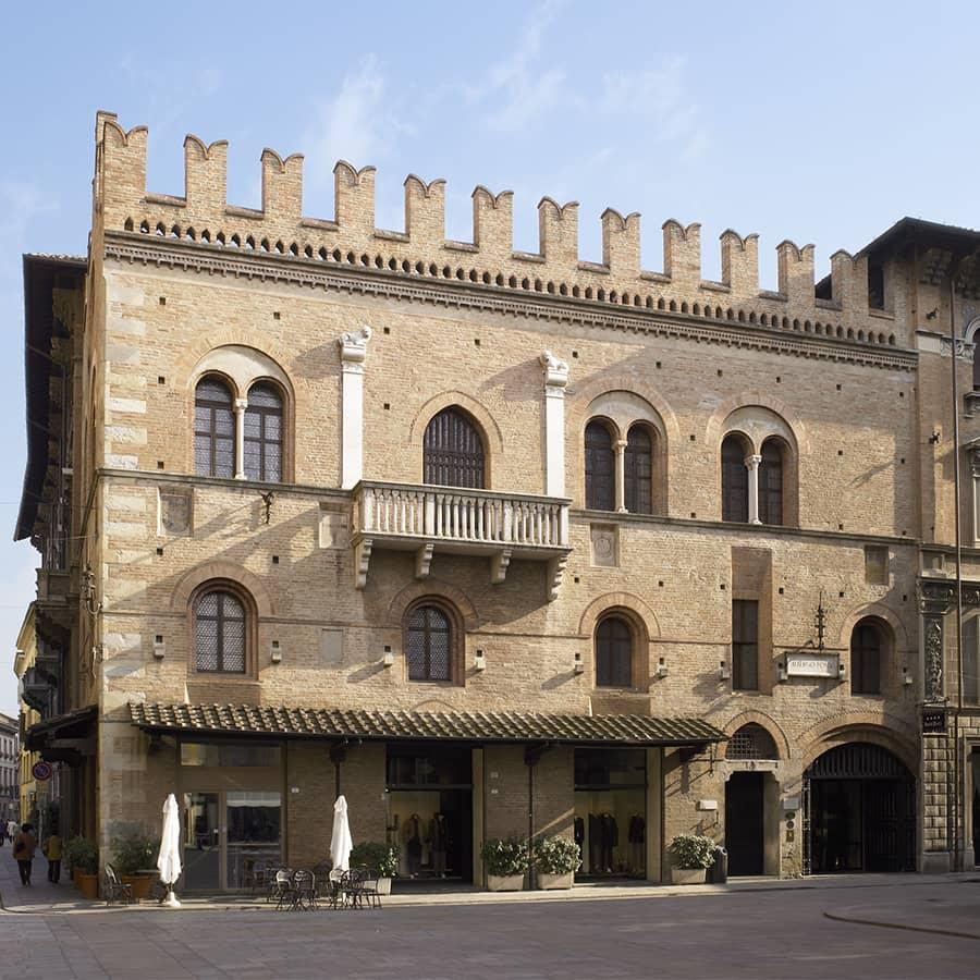 hotel posta reggio emilia pieno centro storico